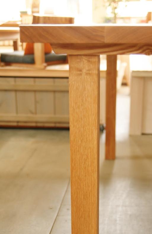 天板と脚の接合部-2
